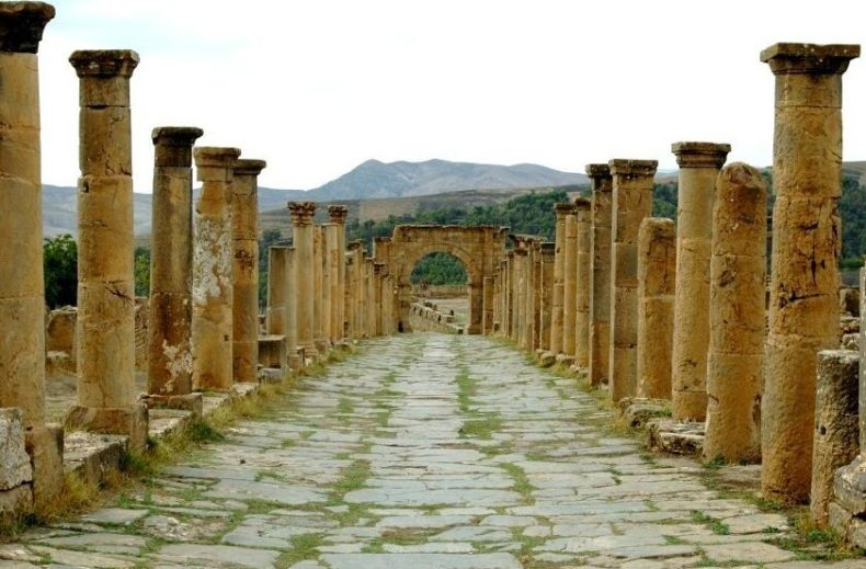 Roman road outside the city of Constantine