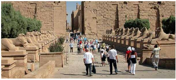ATTRACTIONS OF LUXOR